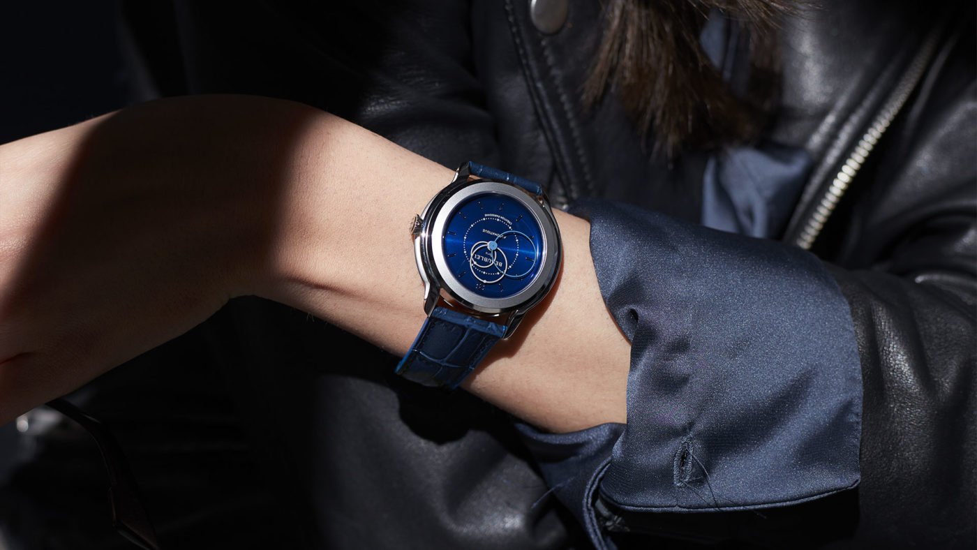Beaubleu Union collection circular hands automatic watch Klein Blue Brio with blue leather strap on woman wrist