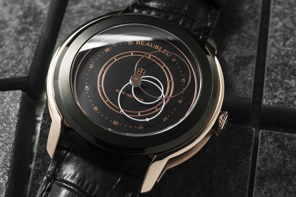 Beaubleu montre automatique aux aiguilles rondes Audace cadran noir et cornes Or rose