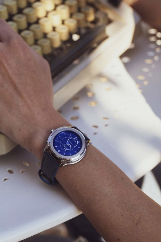 Beaubleu Union Collection circular hands automatic watch Brio with Klein Blue dial on woman's wrist